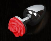 Маленькая серебряная пробочка с красной розой