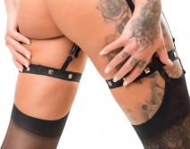 Сбруя на бедра с зажимами для половых губ Suspender Belt with Clamps