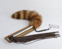 Плеть из натуральной кожи с хвостиком из натуральной меха Sitabella