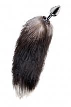 Средняя анальная втулка с натуральным хвостом черно-бурой лисы Metal by TOYFA