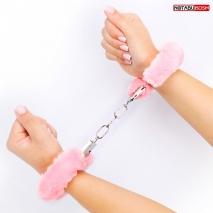 Розовые меховые наручники Notabu BDSM